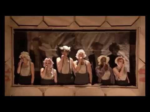 Die Dreigroschenoper National Theatre London 2016