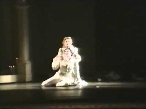 <span>FULL </span>I Capuleti e i Montecchi Naples 1995