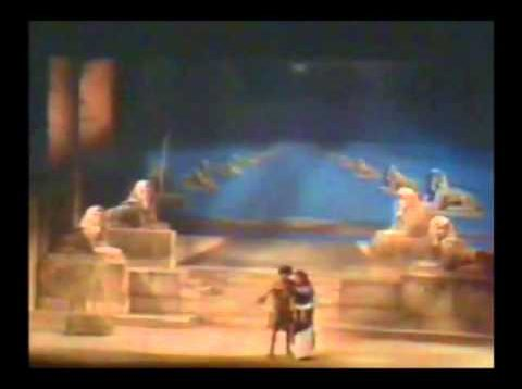 Aida Madrid 1977 Domingo Marton Nave