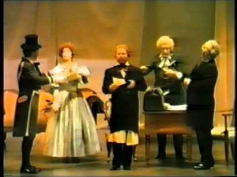 <span>FULL </span>Le convenienze ed inconvenienze teatrali Lugo 1988 Trimarchi di Cesare Peters