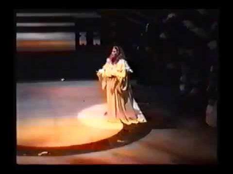 <span>FULL </span>Lucia di Lammermoor Barcelona 1989 Fuentealba Azocar Quezada