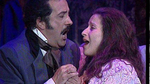 <span>FULL </span>La Traviata Madrid 1996 Poblador Lledo Brown
