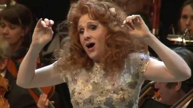 Hamlet (Thomas) Moscow 2015 Laura Claycomb Pionnier