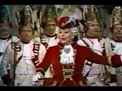 La Grande-Duchesse de Gérolstein Paris 1981 Crespin