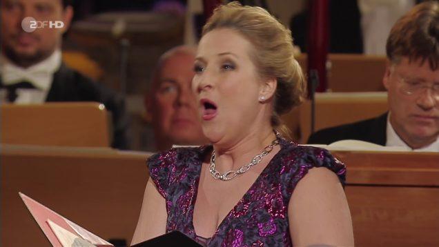 <span>FULL </span>Adventskonzert Dresden 2017 Thielemann Damrau