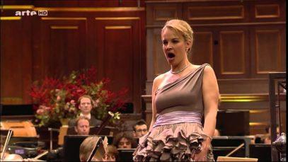 <span>FULL </span>Christmas Concert in Amsterdam 2008 Elina Garanca