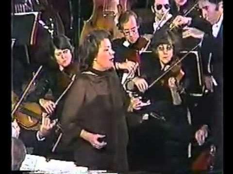 <span>FULL </span>Elena Obraztsova in New York 1978