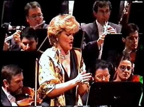 <span>FULL </span>June Anderson in Palermo 2002