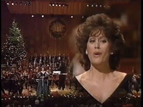 <span>FULL </span>Kiri Te Kanawa 'At Christmas' Concert London 1985