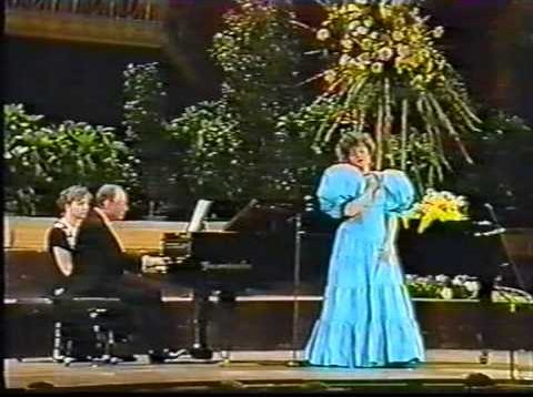 <span>FULL </span>Recital Edita Gruberova Vienna 1987