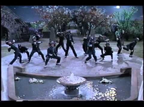 The Pirates of Penzance (Gilbert&Sullivan) New York 1983 Kline Ronstadt Lansbury