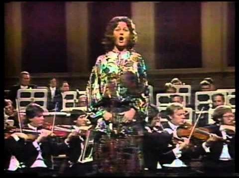 <span>FULL </span>UNICEF Opera Gala Vienna 1979 Domingo Cappuccilli Kollo Caballe et al