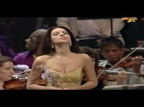Angela Gheorghiu Last Night of the Proms London 2003