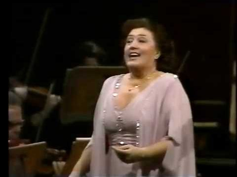<span>FULL </span>Anna Tomowa-Sintow sings Richard Strauss Gala Concert 1996
