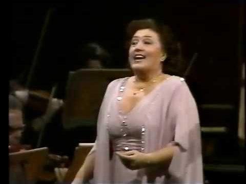 <span>FULL </span>Anna Tomowa-Sintow sings Richard Strauss Gala Concert 1996