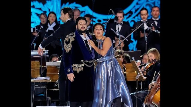 <span>FULL </span>Classics at the Palace Square St.Petersburg 2016 Netrebko Eyvazov Abdrazakov et al