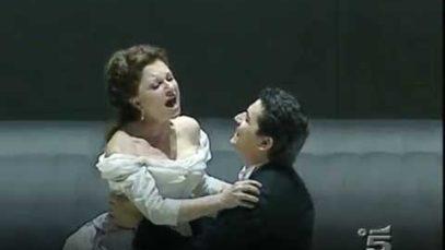 <span>FULL </span>L'eleganza del canto Mariella Devia 2010