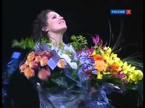 <span>FULL </span>Anna Netrebko An Amazing Prima Donna 2011