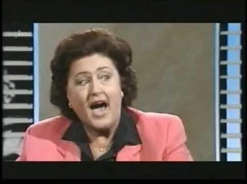 <span>FULL </span>Anna Tomowa-Sintow – Da Capo – Interview with August Everding 1997