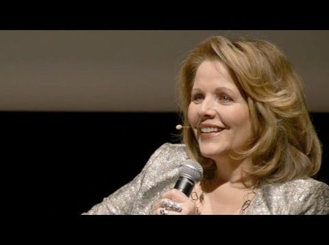 <span>FULL </span>Beautiful Voice: A Conversation with Renée Fleming Chicago 2014
