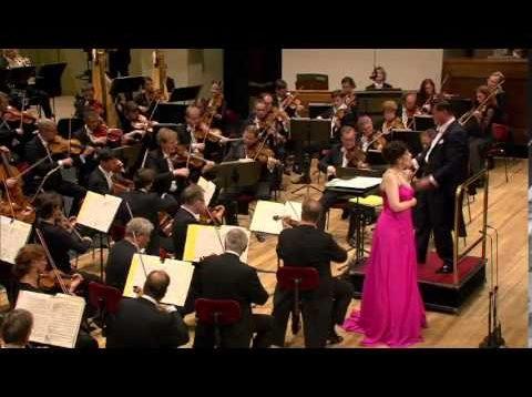 Strauss Gala Dresden 2014 Thielemann Harteros Nylund Goerke