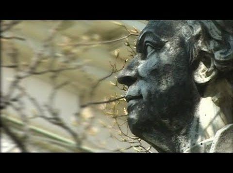 <span>FULL </span>Gluck the Reformer Documentary 2001