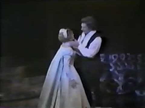 <span>FULL </span>Hamlet (Thomas) Sydney 1982 Bonynge Milnes McGregor Begg Grant