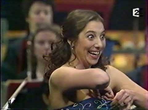 <span>FULL </span>Musique au Coeur Gala du Concours Placido Domingo Paris 2003
