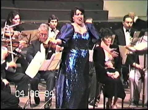 <span>FULL </span>Adelaida Negri Concert in Rosario 1994
