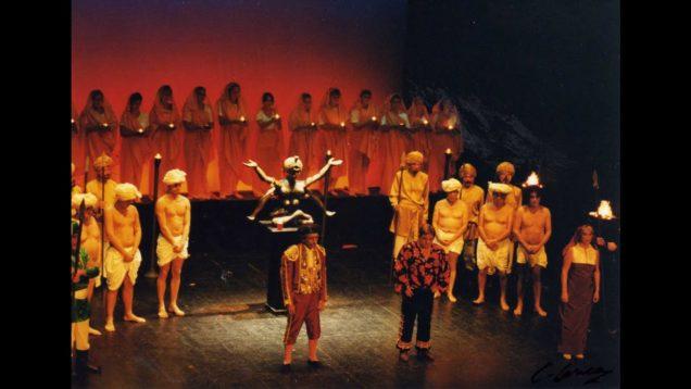 <span>FULL </span>El niño judío (Luna) 2009
