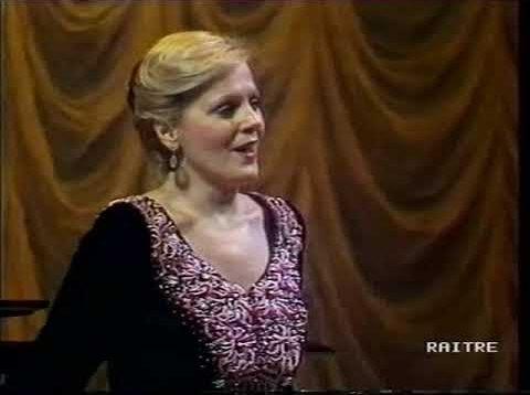 <span>FULL </span>Katia Ricciarelli at the Bolshoi Moscow 1987