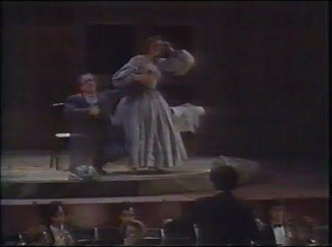 <span>FULL </span>La scala di seta Sommieres 1990