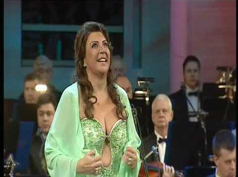 <span>FULL </span>Passion of Verismo – Maria Guleghina Live in Concert Moscow 2005