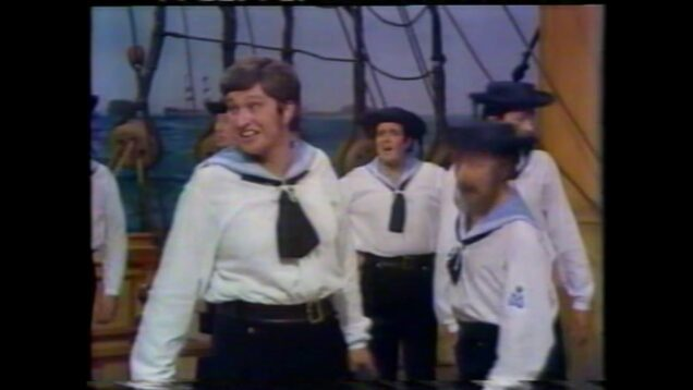 <span>FULL </span>H.M.S.Pinafore (Gilbert&Sullivan) Buxton 1973 Reed Rayner Field