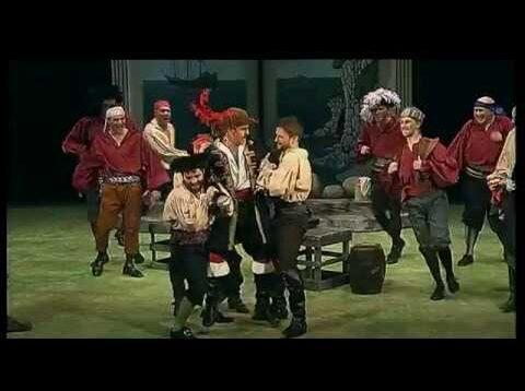 <span>FULL </span>The Pirates of Penzance (Gilbert&Sullivan) Buxton 2017
